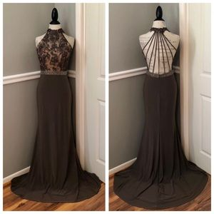 NEW ALYCE PARIS GREY JEWELED ILLUSION EVENING GOWN